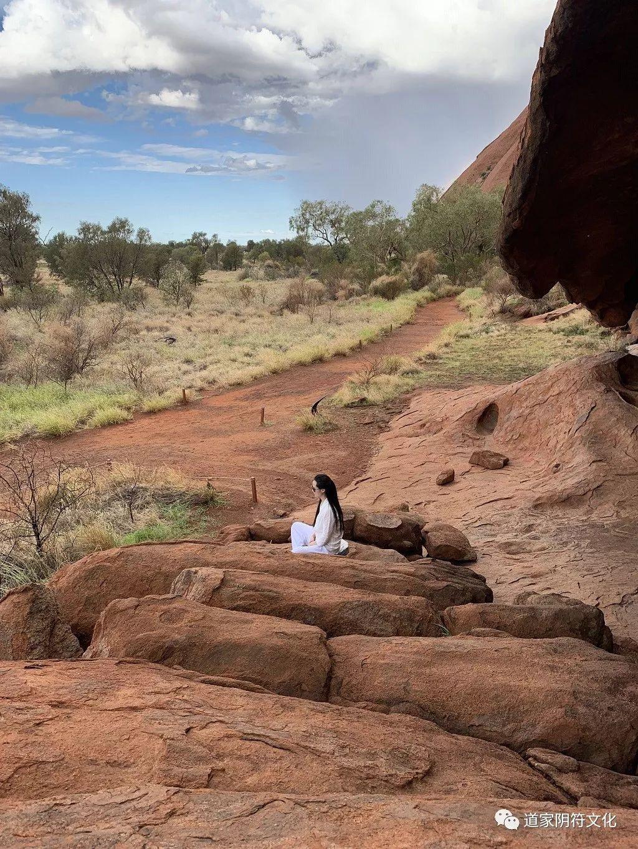 道家阴符派博客--世界修行之旅-澳洲(3):乌鲁卢艾尔斯岩--乌鲁卢 13